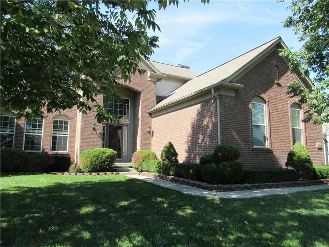 12096 LANDWOOD Drive Fishers, IN 46037 | MLS 21598260 | photo 1