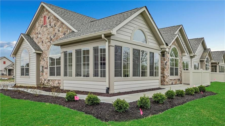 5802  Edelle Drive Indianapolis, IN 46237 | MLS 21598578