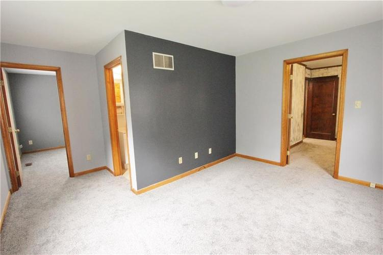 6520 Evanston Avenue Indianapolis, IN 46220 | MLS 21599516 | photo 7