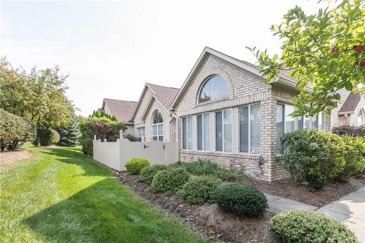 11556  Winding Wood Drive Indianapolis, IN 46235 | MLS 21599682