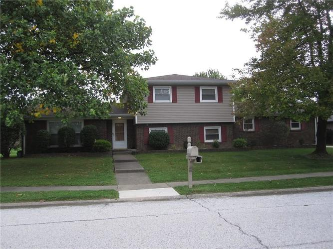 1111  Riverview Drive Greenfield, IN 46140 | MLS 21599720