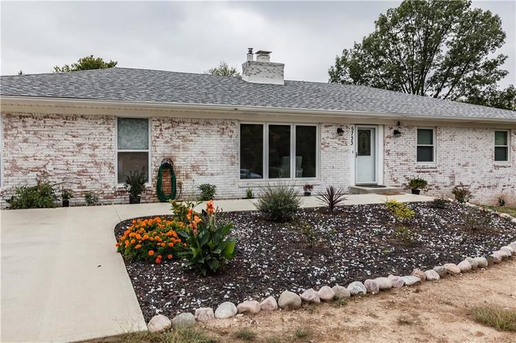 5733 E 75TH Street Indianapolis, IN 46250 | MLS 21600050
