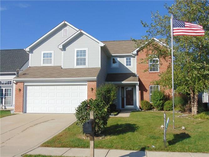 2688  LONGLEAF Drive Greenwood, IN 46143 | MLS 21600051