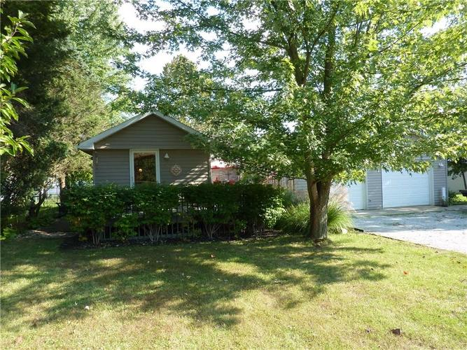 397  Cool Evening Court Cloverdale, IN 46120 | MLS 21600110