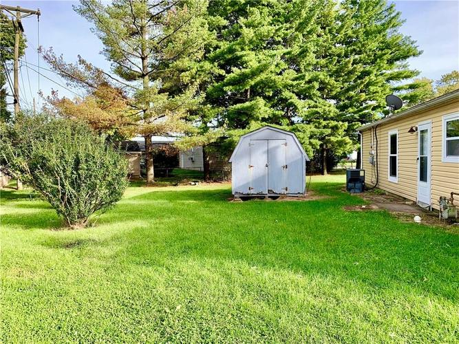 803 Noble Street Greenfield, IN 46140 Photo 5