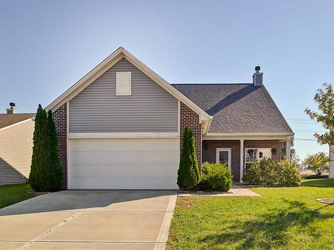 3033  Lodgepole Drive Whiteland, IN 46184 | MLS 21600443