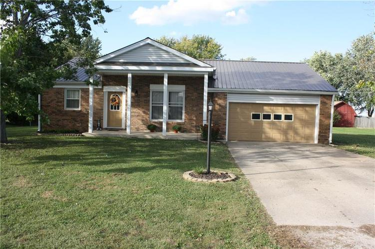 4372 W Randy Road Edinburgh, IN 46124 | MLS 21600585