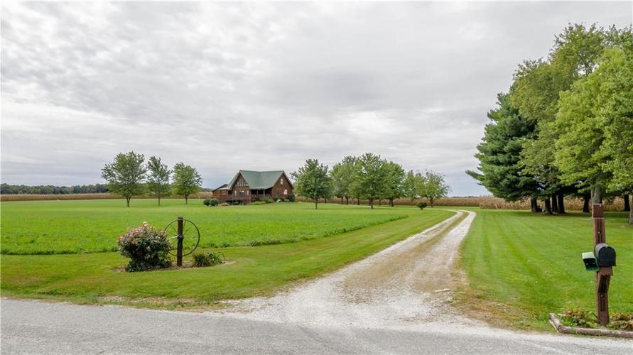 7282 S County Road 1025  Crothersville, IN 47229   MLS 21600619
