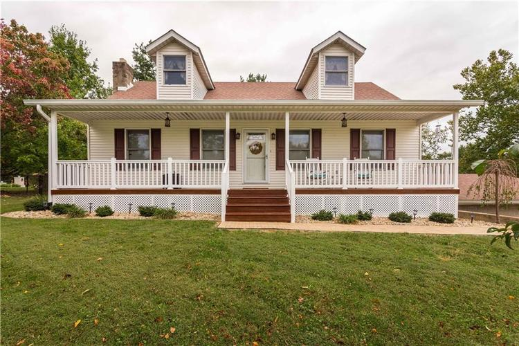 2220 W Lakeview Drive North Vernon, IN 47265 | MLS 21600729