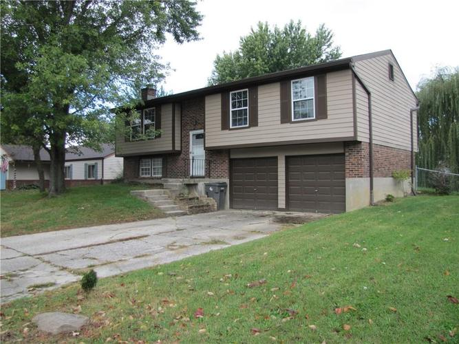 6702  Troon Way Indianapolis, IN 46237 | MLS 21601076
