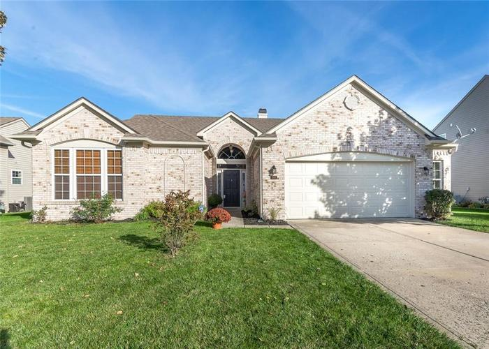 5105  Skipping Stone Drive Indianapolis, IN 46237 | MLS 21601353