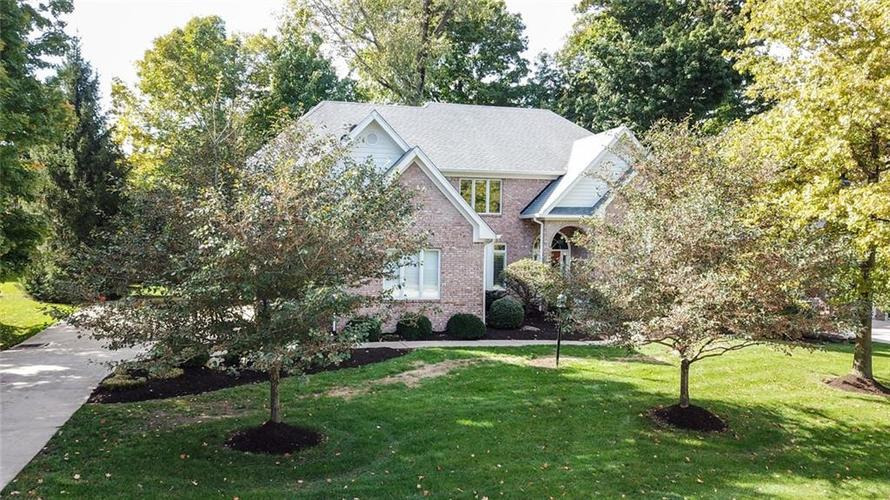 4455  Thicket Trace Zionsville, IN 46077 | MLS 21601462