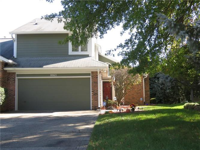 8063  Foxchase Drive Indianapolis, IN 46256 | MLS 21601577