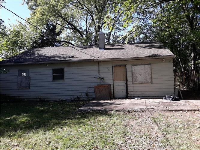 2931 N Sangster Avenue Indianapolis, IN 46218 | MLS 21602934 | photo 3