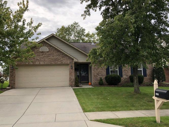 9893  Ellsworth Lane Avon, IN 46123 | MLS 21603309