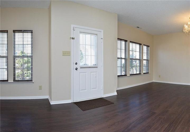 1595 Fortner Drive Indianapolis, IN 46231 | MLS 21603631 | photo 4
