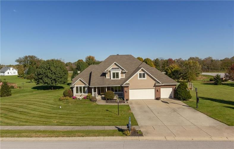 9343  Whispering Trace Brownsburg, IN 46112   MLS 21603715