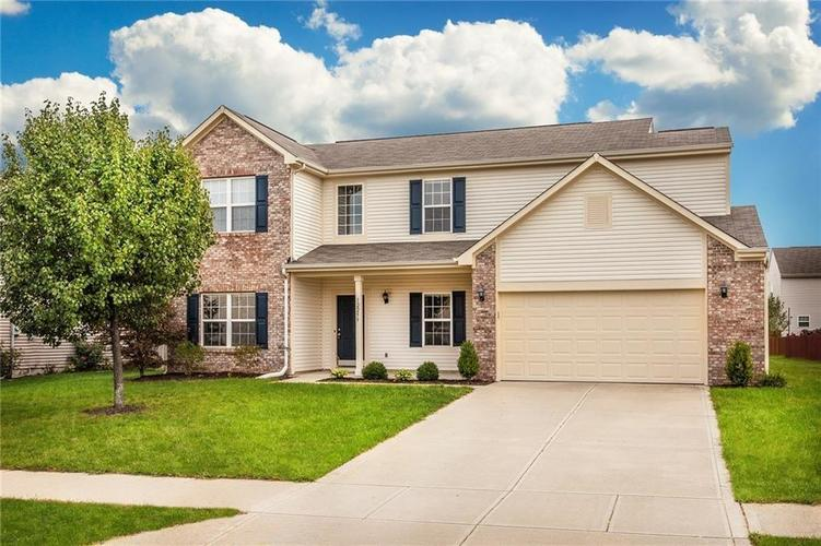 12259  QUARTERBACK Lane Fishers, IN 46037 | MLS 21603864