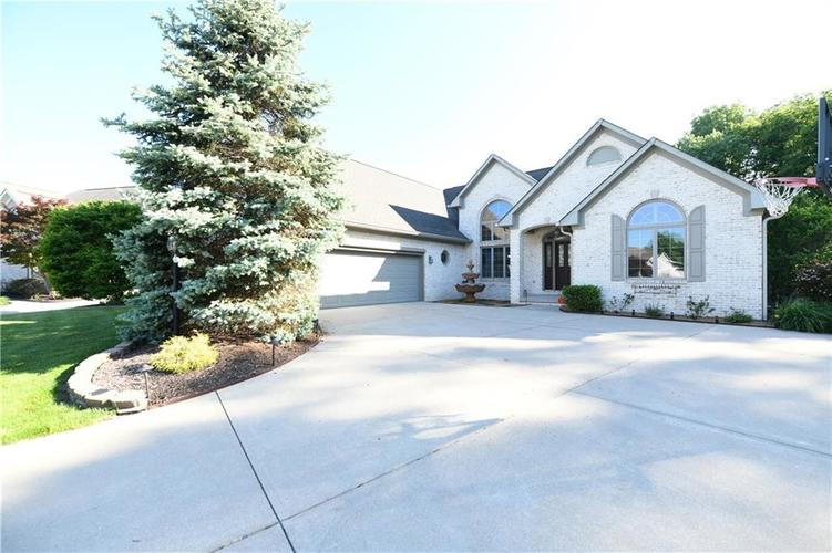 7526 PEACH BLOSSOM Place Indianapolis, IN 46254 | MLS 21603907 | photo 1