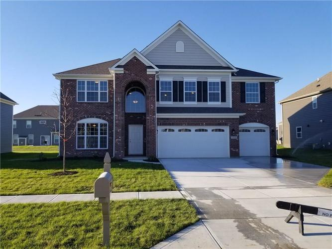 1332  Old Market Square  Greenwood, IN 46143   MLS 21604270