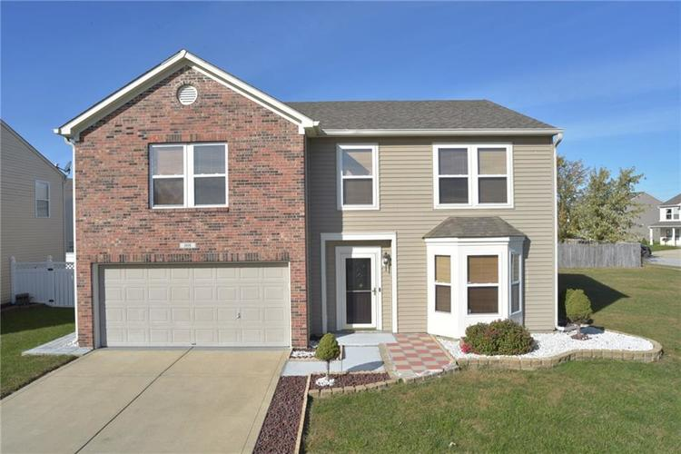 808  Harvest Meadow Way Whiteland, IN 46184 | MLS 21604466