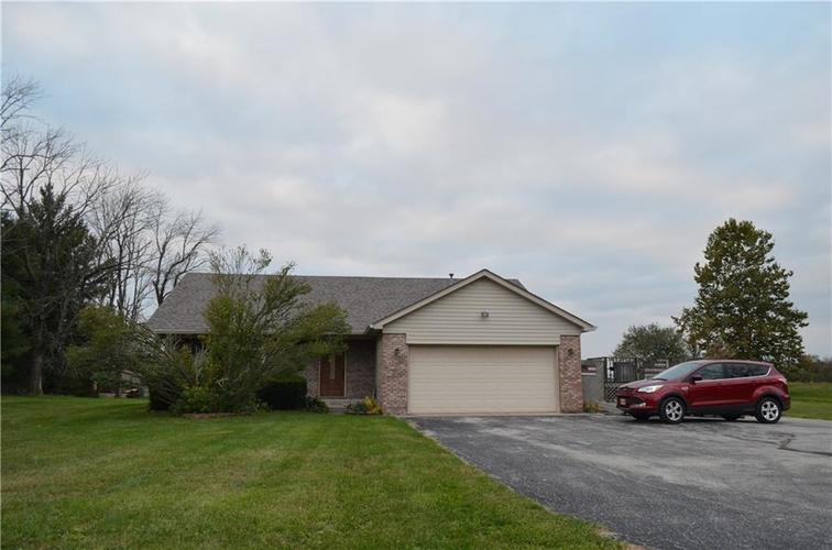 2078 S 700  New Palestine, IN 46163 | MLS 21604530