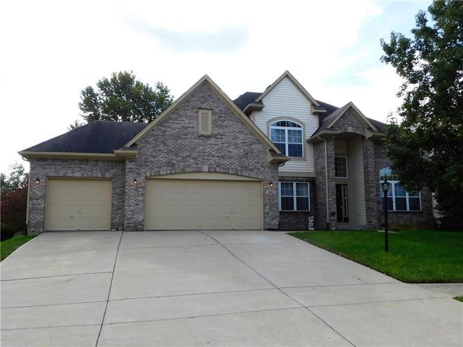 2463  Kettering Way Indianapolis, IN 46214 | MLS 21604578