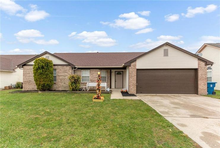 11844  Shannon Pointe Road Indianapolis, IN 46229 | MLS 21604601