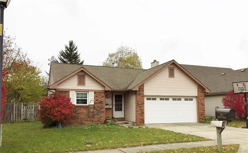 7814  Harcourt Springs Drive Indianapolis, IN 46260 | MLS 21605290