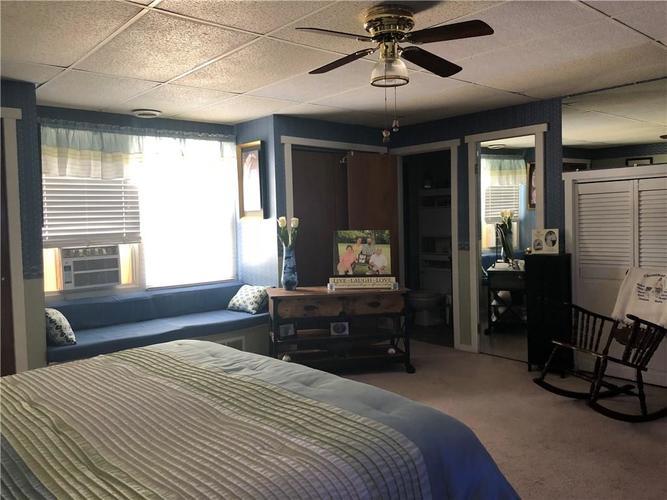 8941 E County Road 400 N Greensburg, IN 47240 | MLS 21605403 | photo 16