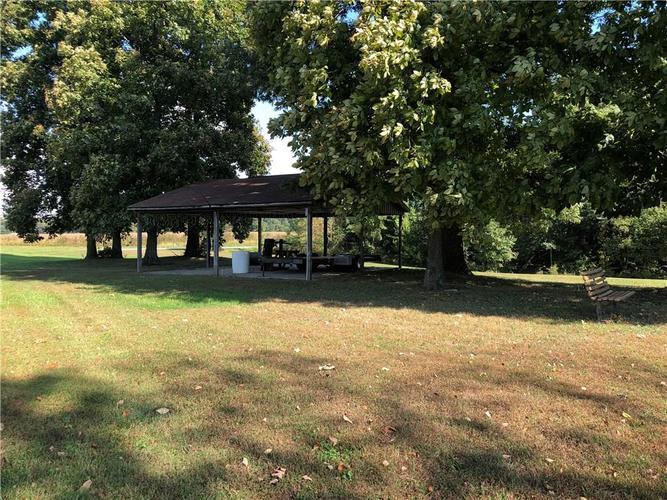 8941 E County Road 400 N Greensburg, IN 47240 | MLS 21605403 | photo 25