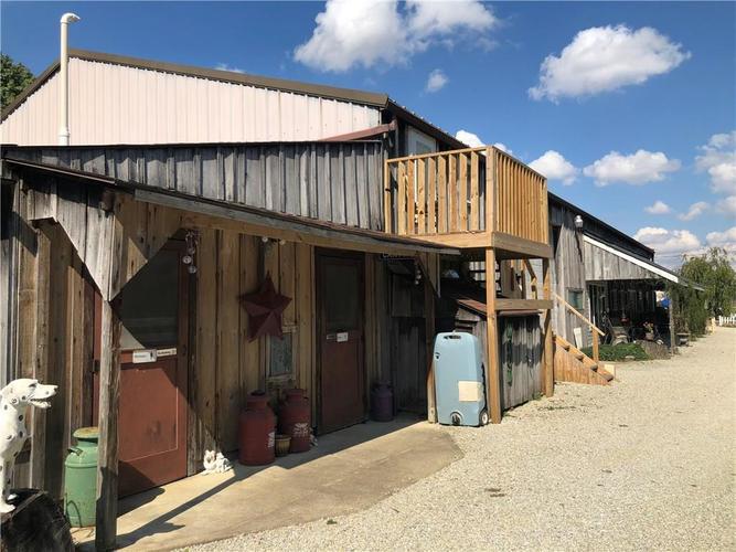 8941 E County Road 400 N Greensburg, IN 47240 | MLS 21605403 | photo 28