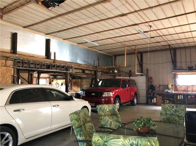 8941 E County Road 400 N Greensburg, IN 47240 | MLS 21605403 | photo 38