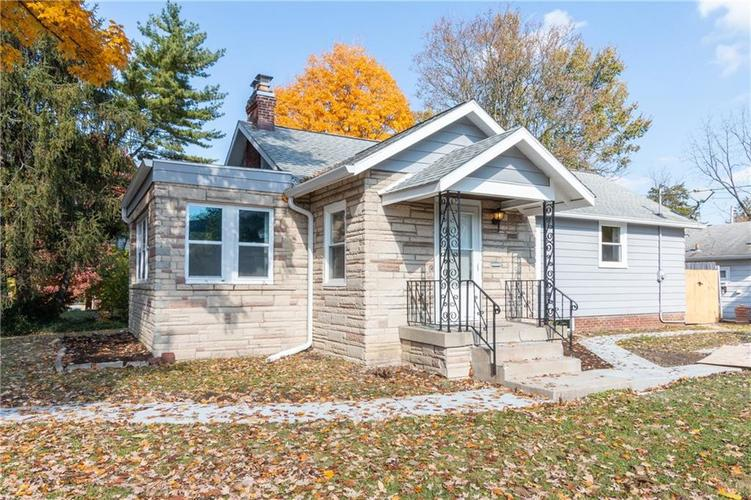 5902 E New York Street Indianapolis, IN 46219 | MLS 21605808