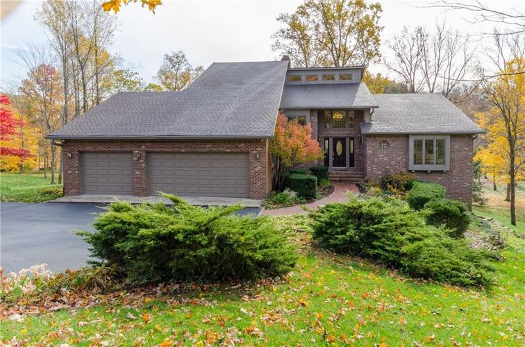 8639  Bay Colony Drive Indianapolis, IN 46234 | MLS 21605872