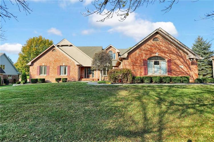 1524  Eagle Trace Drive Greenwood, IN 46143 | MLS 21605909
