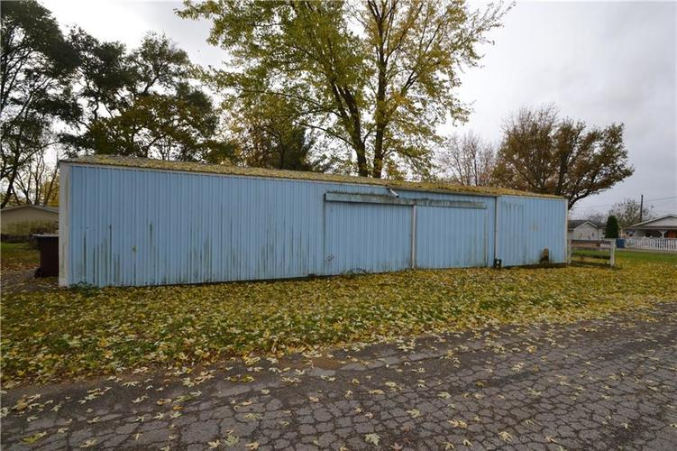 802 S Independence Street Windfall, IN 46076 | MLS 21606321