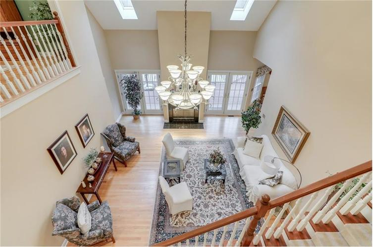 9035 Indian Creek Road S Indianapolis, IN 46259 | MLS 21606367 | photo 11