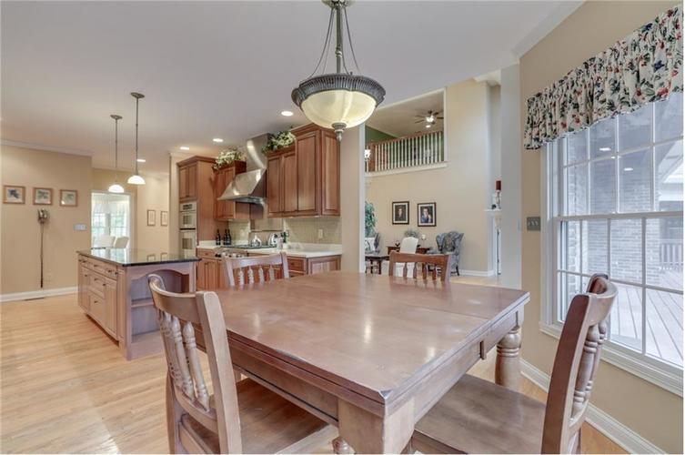 9035 Indian Creek Road S Indianapolis, IN 46259 | MLS 21606367 | photo 12