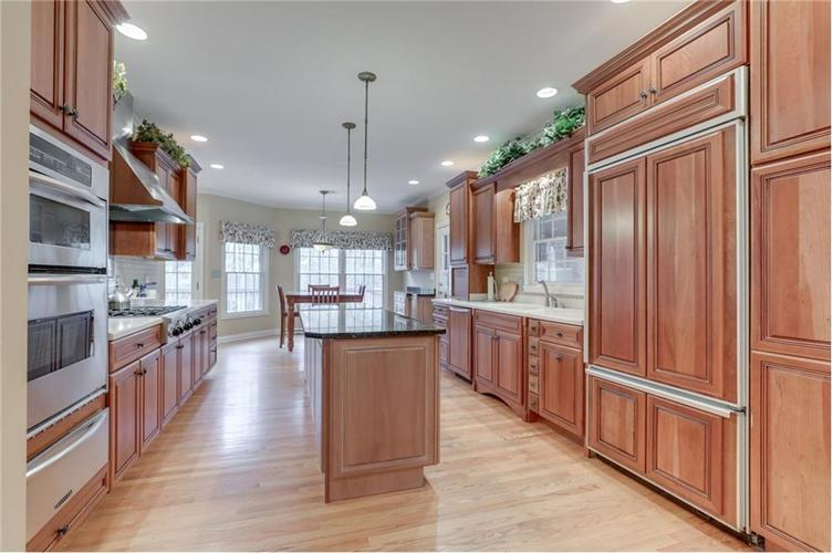 9035 Indian Creek Road S Indianapolis, IN 46259 | MLS 21606367 | photo 15