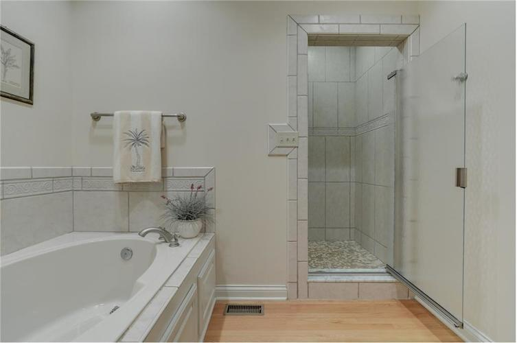9035 Indian Creek Road S Indianapolis, IN 46259 | MLS 21606367 | photo 22