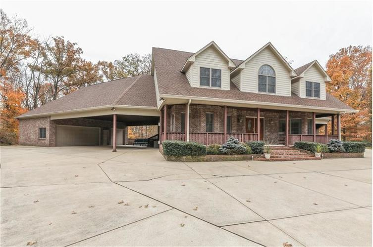 9035 Indian Creek Road S Indianapolis, IN 46259 | MLS 21606367 | photo 3