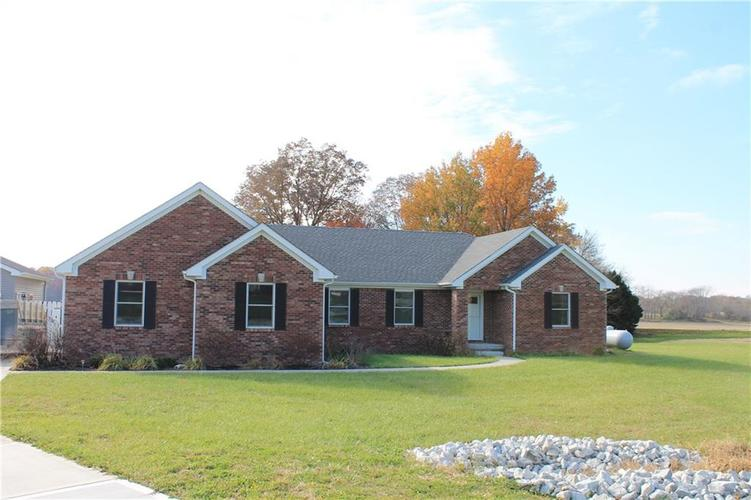 3193 S Willowbrook Drive Crawfordsville IN 47933 | MLS 21606458 | photo 1