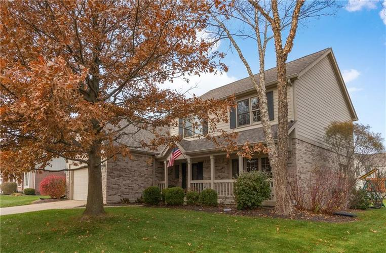 351 Mounds Court Carmel IN 46032 | MLS 21606825 | photo 1