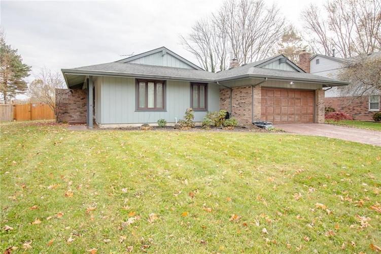1307 Darby Lane Indianapolis IN 46260 | MLS 21607231 | photo 1