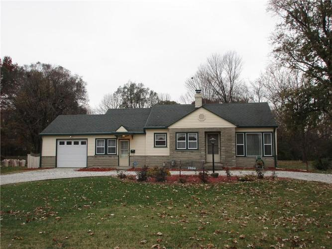 1686 N Whitcomb Avenue Speedway, IN 46224 | MLS 21607375