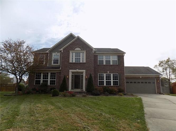 8665  Weaver Woods Place Fishers, IN 46038 | MLS 21607425