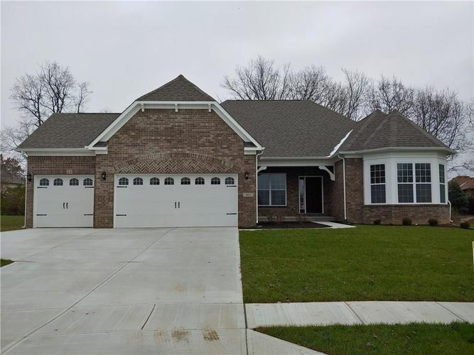 461  Westberry Lane Greenwood, IN 46143 | MLS 21607455