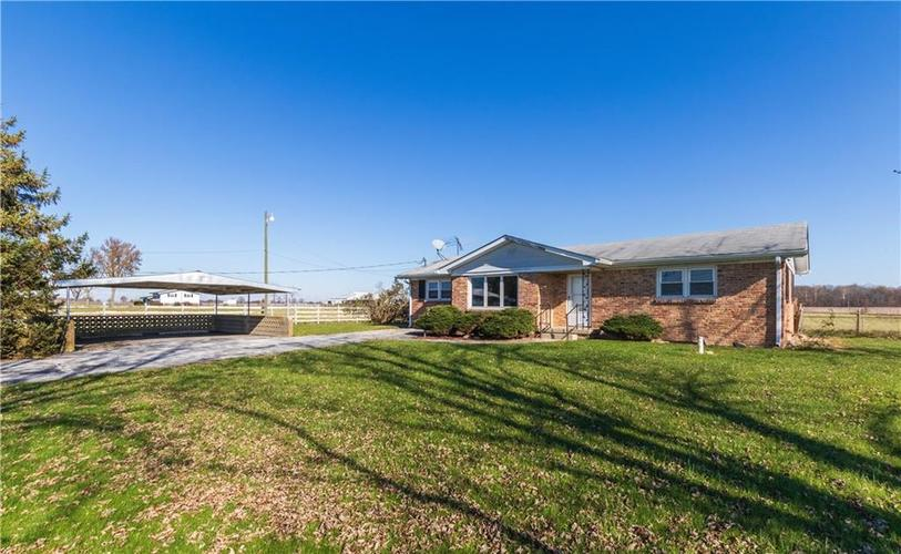 11442 N 100 West  Fountaintown, IN 46130 | MLS 21607498