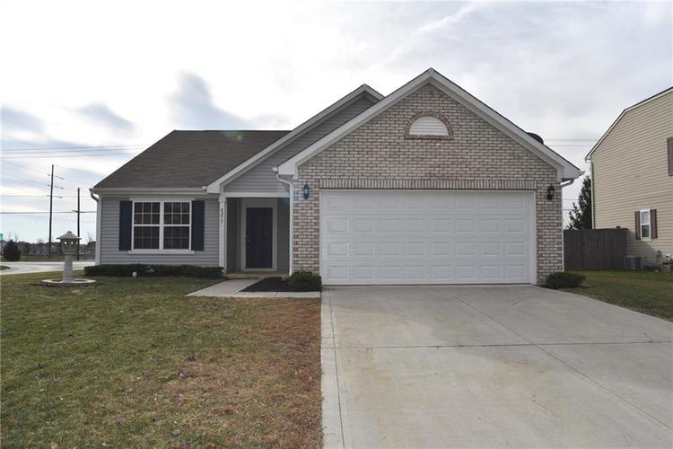 8217  Melbourne Lane Avon, IN 46123 | MLS 21607560